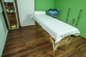 Objednejte si thajskou, klasickou, sportovní, zdravotní, Candellovu, reflexní, lymfo drenážní anebo ayurvédskou masáž.