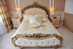 Vyberte si jedinečné wellness & SPA boutique ubytování v de luxe pokojích s jedinečným stylem, uměleckým zpracováním a elegancí!