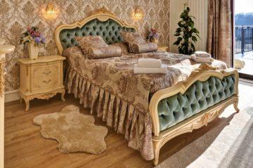 Luxusní Královský Apartmán s Terasou